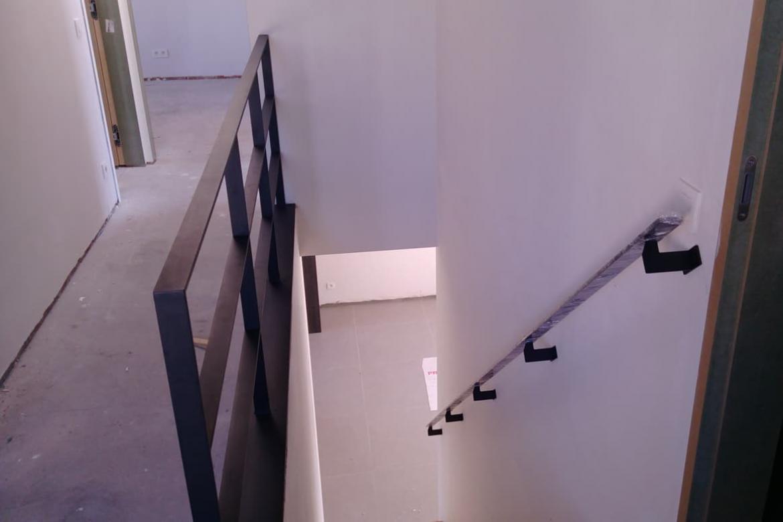 Balustrade traphal met trapleuning